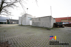Centrum Handlowe z parkingiem w centrum NS